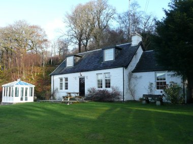 Dubh Loch Cottage