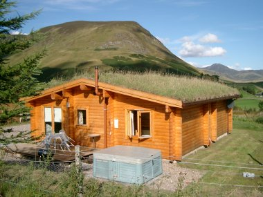 10 % Discount on a Log Cabin - with Hot Tub & Sauna