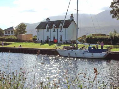 October break-open log fires- Fort William