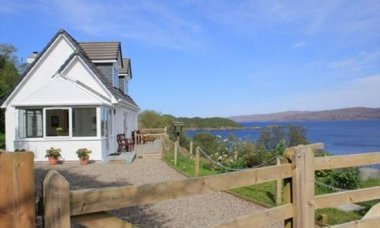 Enjoy Christmas & New Year tucked up in Craig Cottage, on the Applecross Peninsula, Highland