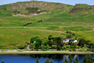 Loch Seil Cottages