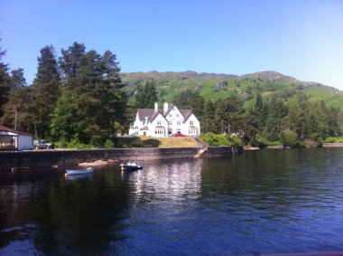 Enjoy your Summer Holiday in this Superb Lodge on the Banks of Loch Katrine