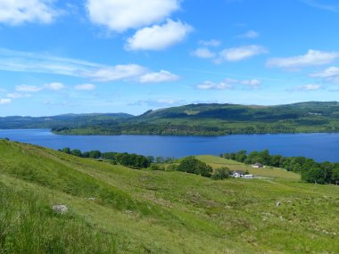 Relax and Unwind on the Shores of Loch Awe
