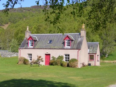 Culligran Cottages, Glen Strathfarrar